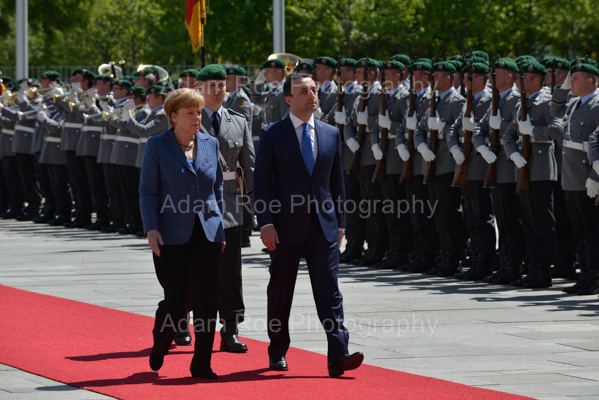 Georgian Prime Minister Irakli Garibashvili was received by German Chancellor Angela Merkel with military honors.