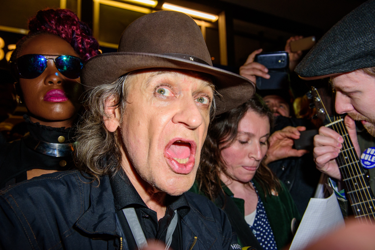 Udo Lindenberg without his trademark sunglasses…and now we know why he allows keeps them on.
