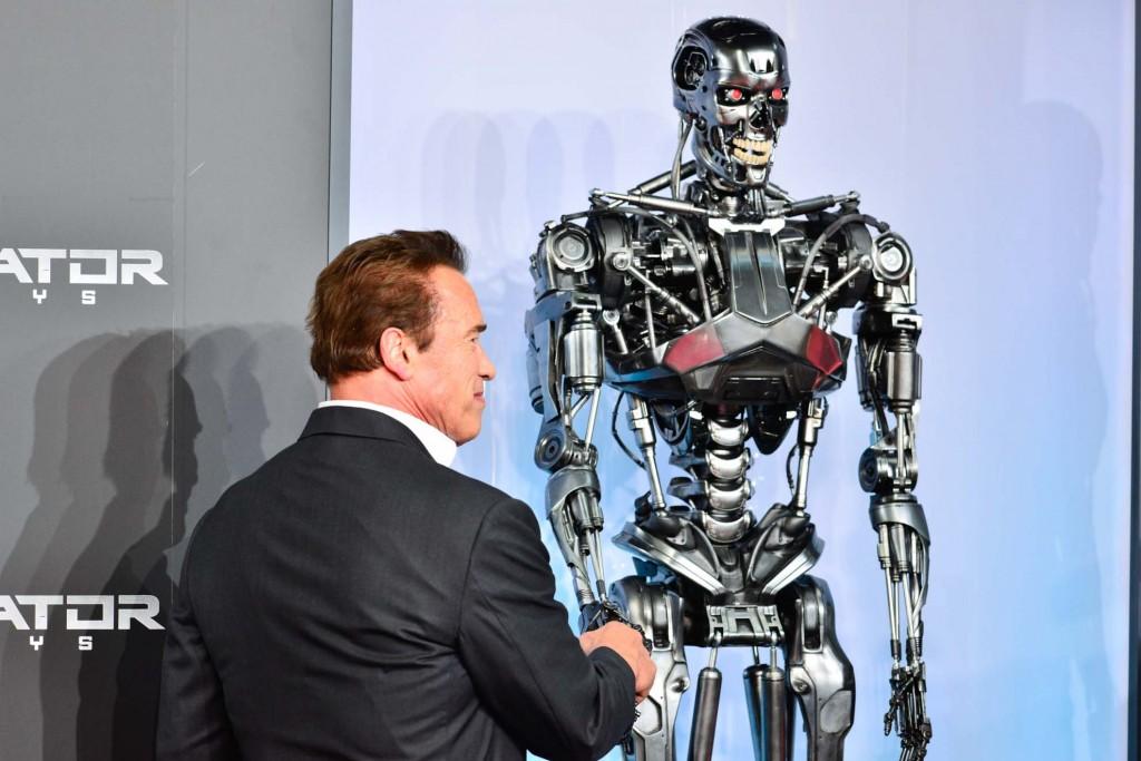 I must shake hands wiz ze Terminator!